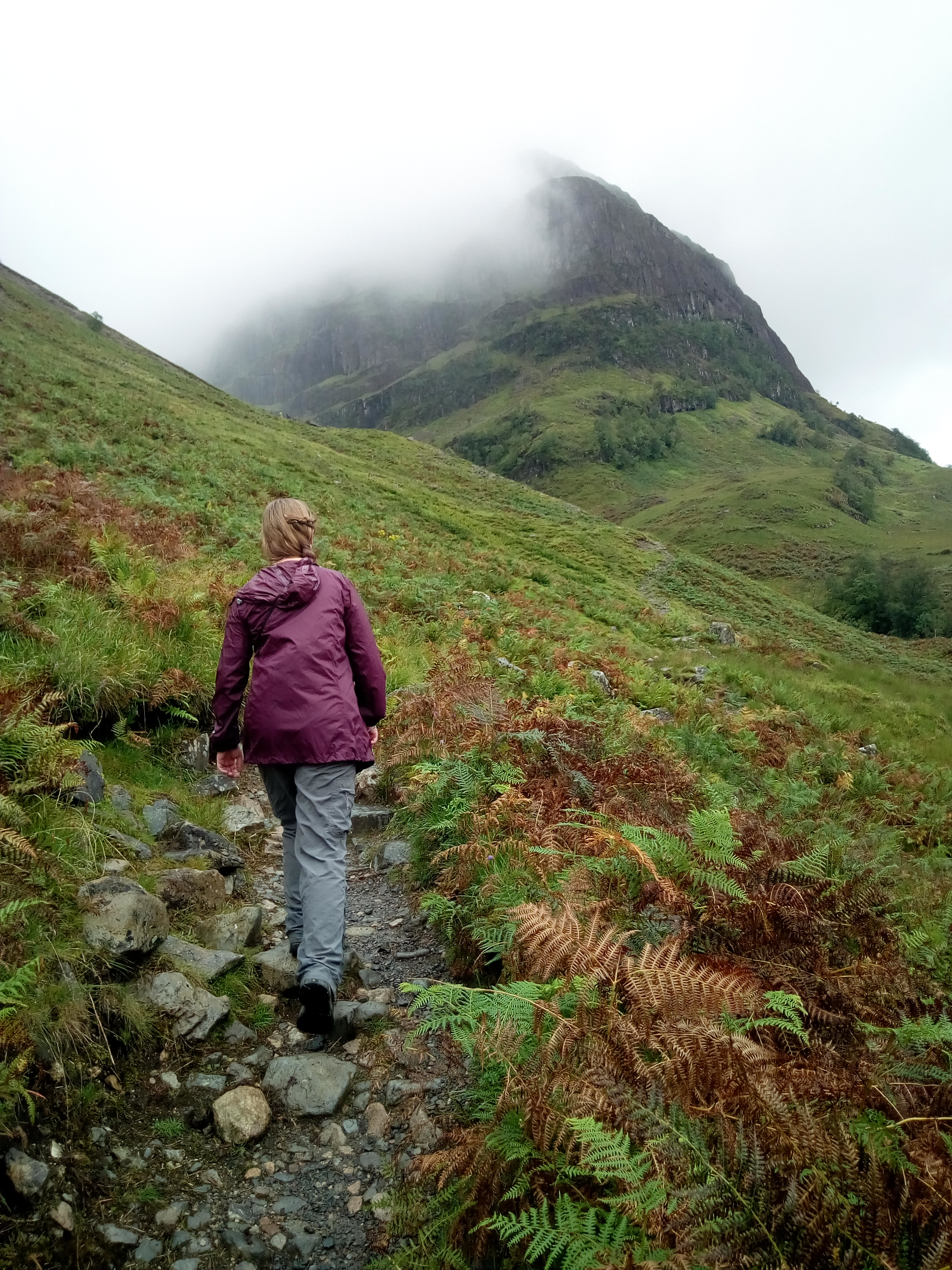 Walking in Glencoe - Tours of Scotland